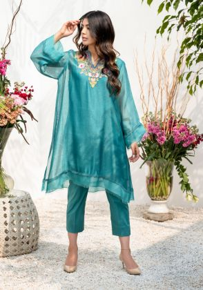 Kashmiri Floral With Pant by Farida Hasan