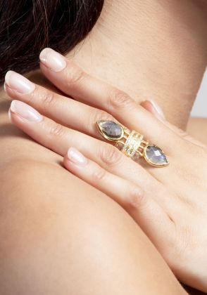 ARIANA RING by Opuline