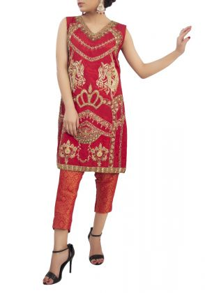 Scarlet Red King Formal Suit by Zohaib Qadeer
