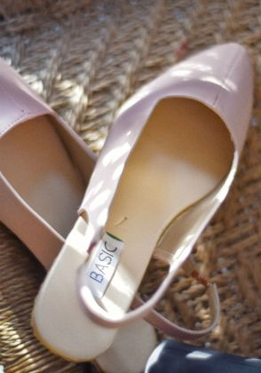 Dusty Pink Pointed shoes by Basic by Chapter13