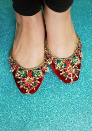 Hand Embroidered Khussa by Chapter 13