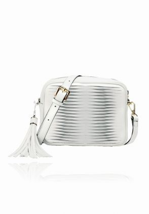 Disali-Messenger bag in white by Coal