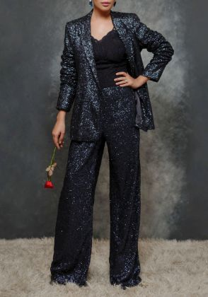 Mid Night Black by Maheen Taseer | MGT