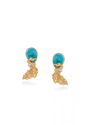 Sea shore Ear stud