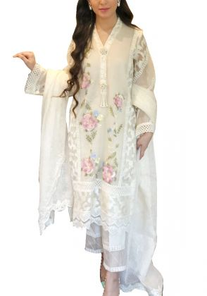 White Glory by Maheen Taseer | MGT