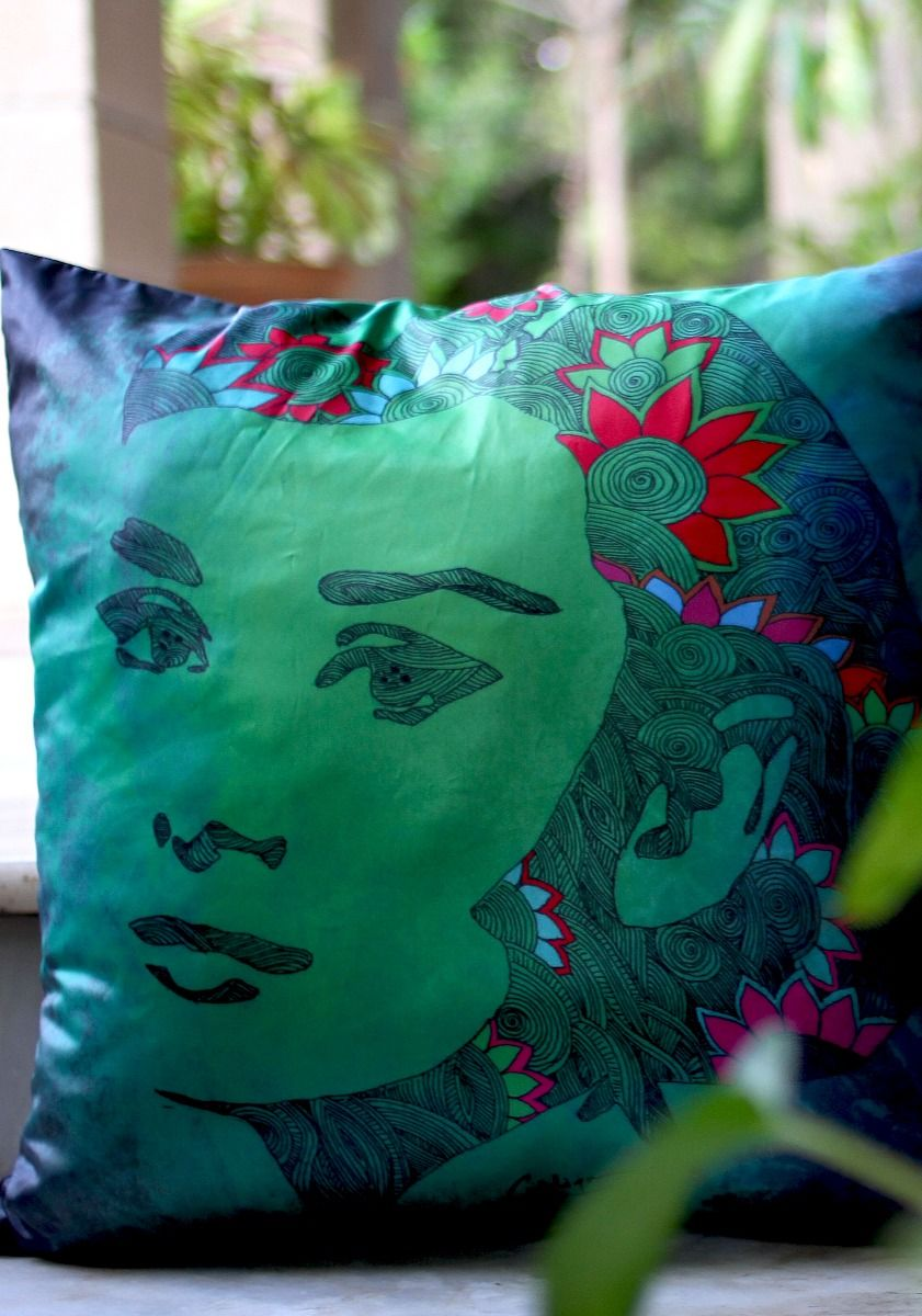 Hepburn Cushion